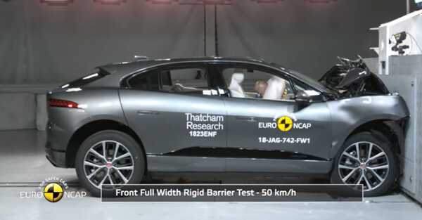 Фото Crash Test of Jaguar I-PACE