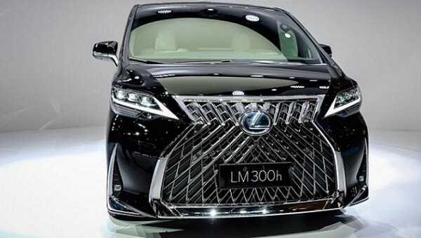 Фото Представлен «Бус» от Lexus