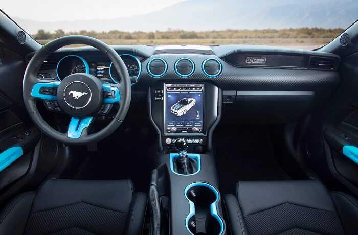 Фото Электрокар Mustang Lithium - салон