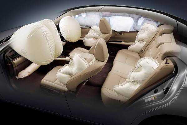 Фото Определение количества подушек безопасности в авто